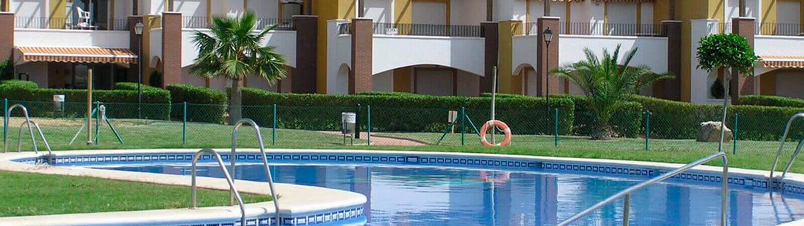Piscina y zonas comunes, comunidad de propietarios Marbella